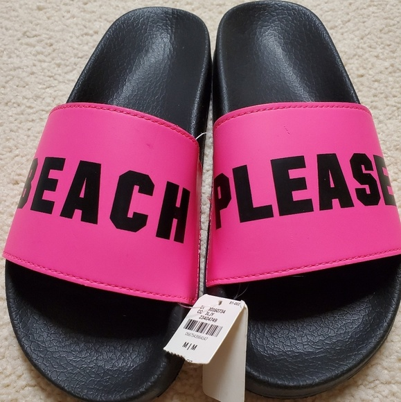 PINK Victoria's Secret Shoes - Pink size M slides